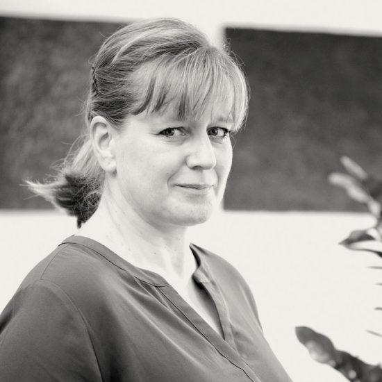 Anett Rasemann, Rechtsanwaltsfachangestellte und Notariatsvorsteherin